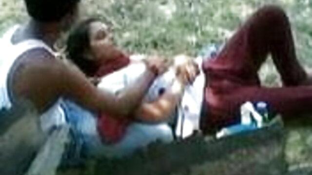 હોટ વેસ્ટન ડીઝ સેકસી વીડિયો છોકરી એક દંપતિ કરે ગળામાં છોકરી ના મોઢા માં નાખી અને પ્રખર