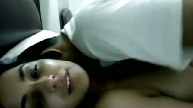 નાજુક વ્હાઇટ એચડી સેકસી વીડિયો Taiko મોટા મોં ભોસ ચુત