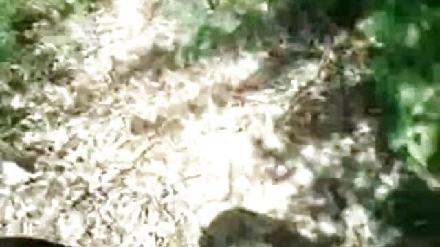 આ જ સમયે, બે કોક્સ માં એક સુંદર સેકસી વીડીયા સેકસી વીડિયો છોકરી મોટા બોબલા વાળી મહિલા