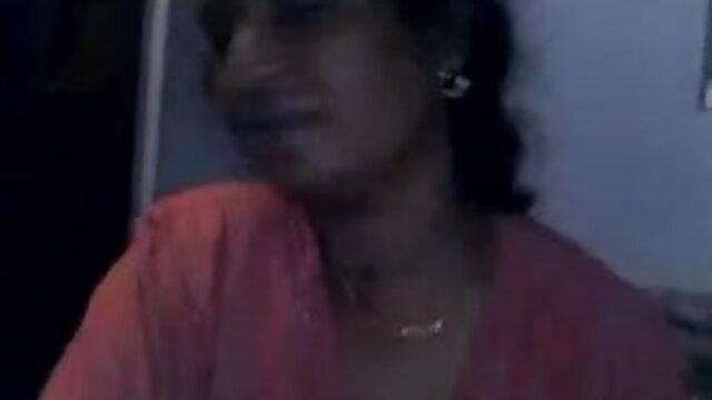 માતા અને બહેન જંગલી સેકસી વીડિયો જાંઘિયો ચોરી કરે છે અને સાથે સંભોગ હતી તેને ફરીથી.