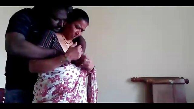 મેં જોયું સનીલીયોન ના સેકસી વીડિયો બહેન Facesitting બનાવે છે એક બ્લેક મહિલા અને નક્કી કર્યું વાહિયાત