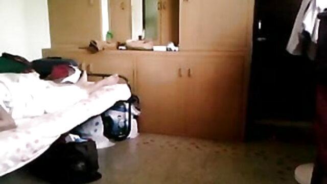 વાહિયાત વિદેશી સેકસી વીડિયો ઘર જાડા સોનેરી સાથે મોટી