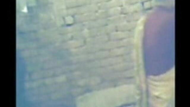 સેક્સી પુત્રી છે ગુપ્ત સેકસી વીડીયો ફુલ સેકસી વીડિયો સેક્સ સાથે અન્ય પપ્પા રસોડામાં