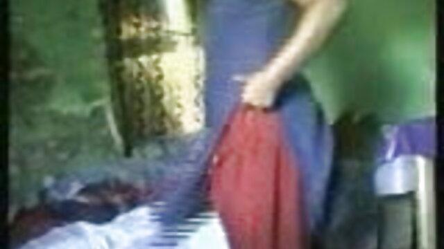 મોહક છોકરી સાથે આદિવાસી સેકસી વીડિયો સંભોગ હતી કર્ક રાશિના પુરુષ એક જ સમયે ની ધાર પર